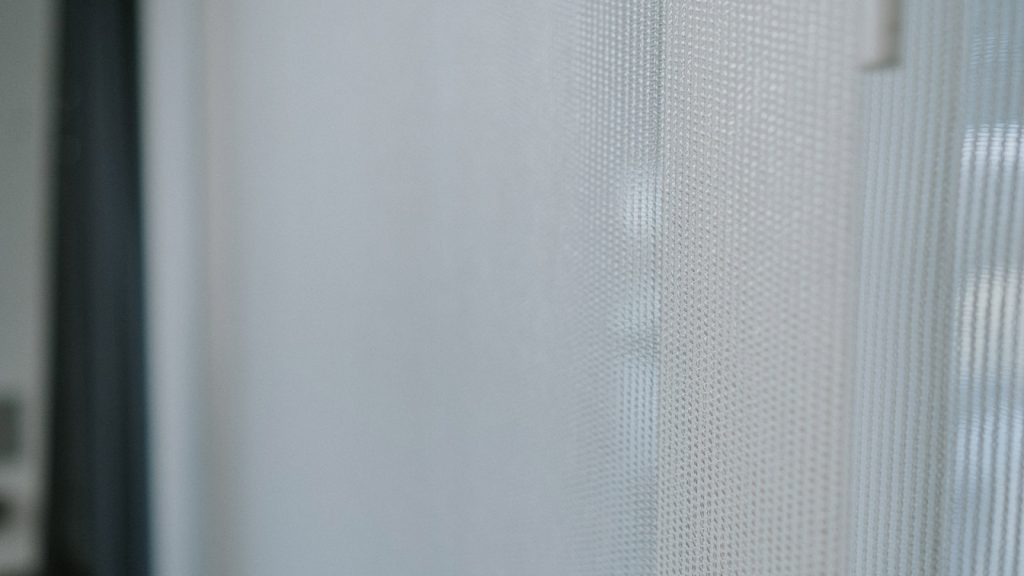 jak uszyć zasłony panelowe