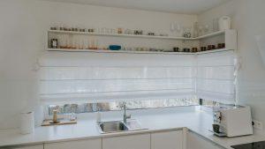 Okno narożne w kuchni. Co warto wiedzieć?