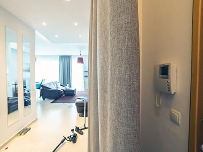 Kotara akustyczna na drzwi