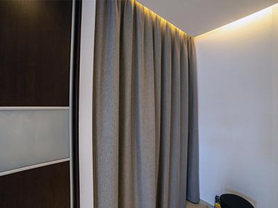 Szara kotara na drzwi z tkaniny akustycznej