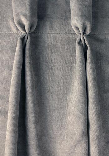 zasłona uszyta z szarej tkaniny
