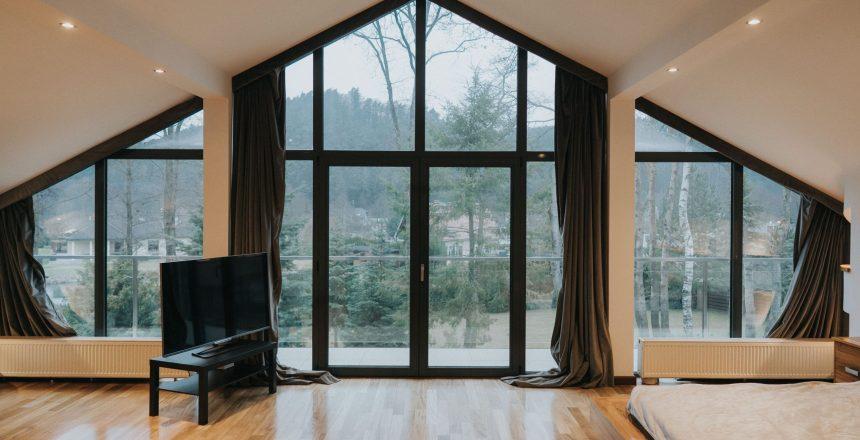 Zasłony na skośne okna